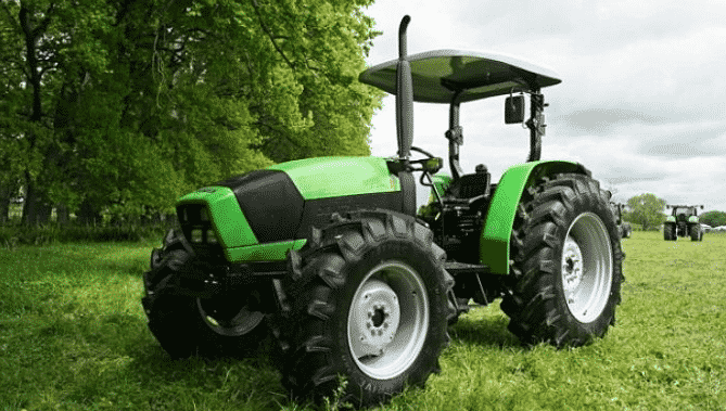 Трактор Дойц Фар Агролюкс 4.80